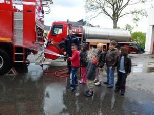 Les pompiers dans CP-CE1 (2011/2012) 03-05-34-300x225